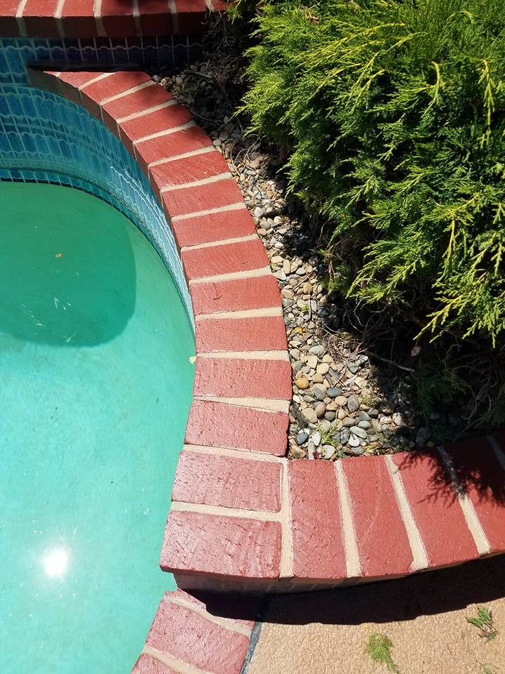 Pool brick 3